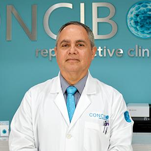 Dr. Oscar Valle Virgen,